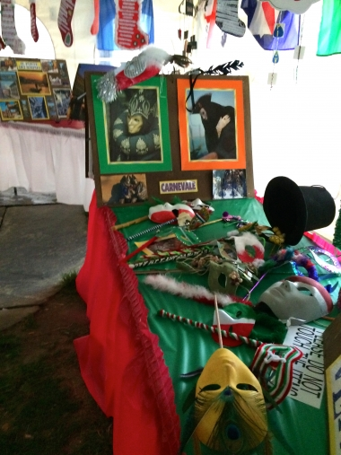 Local Students Participate in Culture Display