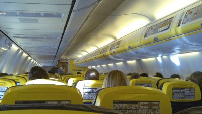 Italy threatened to ban Ryanair