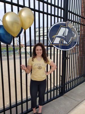 "<div class=""buttonTitle""><div class=""roundedlIcon white mbianco mprest""></div></div>Local Student Commits to University of Akron"