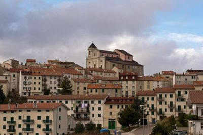 "<div class=""buttonTitle""><div class=""roundedlIcon white mbianco mprest""></div></div>Capracotta: An Italian Town that Refuses to Disappear"