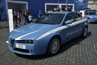 Police in Italy and Germany have conducted mafia raids