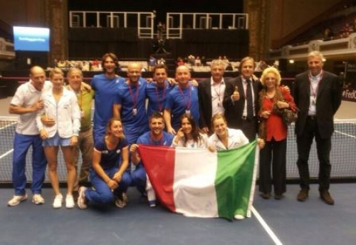 Italy Defeats U.S. to Advance to Semi-final Round in 2014 Fed Cup