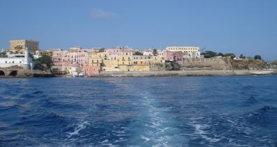 The Island of Ventotene: An Essential Checklist