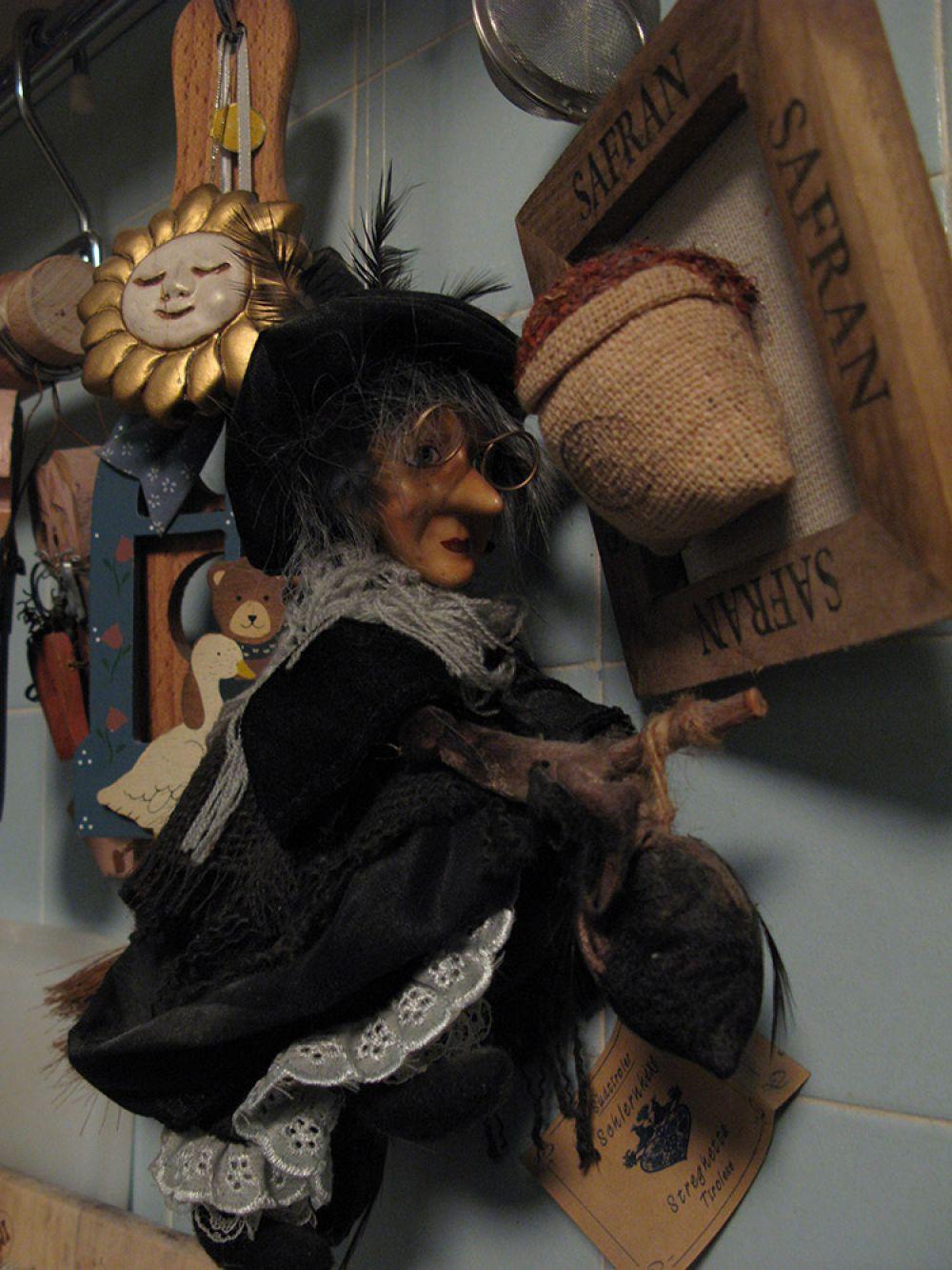 befana the italian christmas witch - Italian Christmas Witch