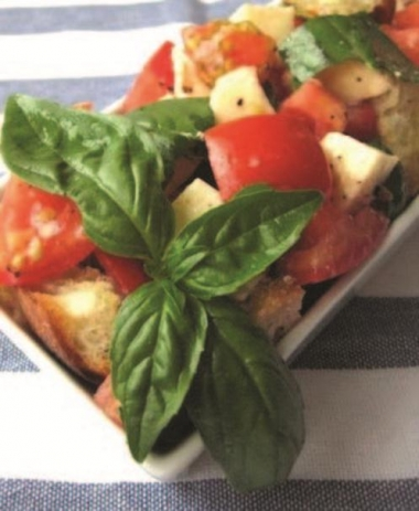 Panzanella Salad with Fresh Mozzarella