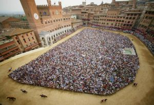 "<div class=""buttonTitle""><div class=""roundedlIcon white mbianco mprest""></div></div>The Siena Palio has cancelled for coronavirus pandemic"